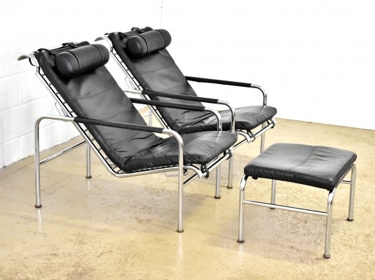 Pair of Genni lounge chairs by Gabriele Mucchi for Zanotta, 1980s