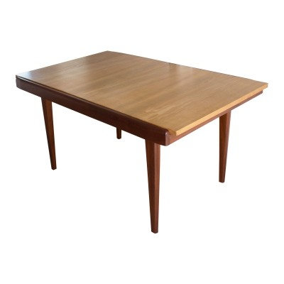 Extendable dining table made in France, 1960s