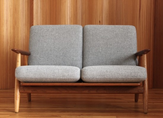 GE-240/2 sofa by Hans Wegner for Getama, 1950s