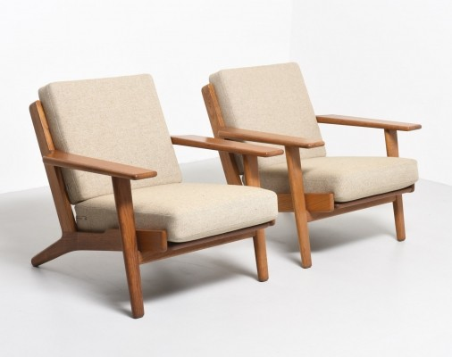 Pair of GE290 arm chairs by Hans Wegner for Getama, 1950s