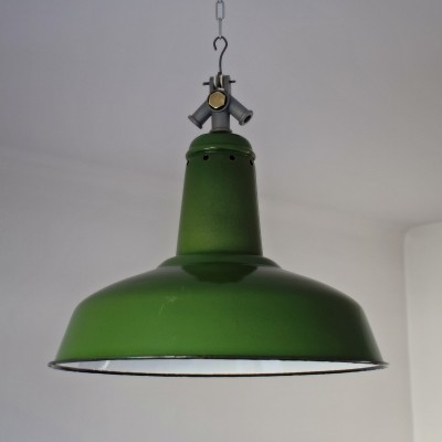 12 x Industrial workshop lamp in green enamelled metal