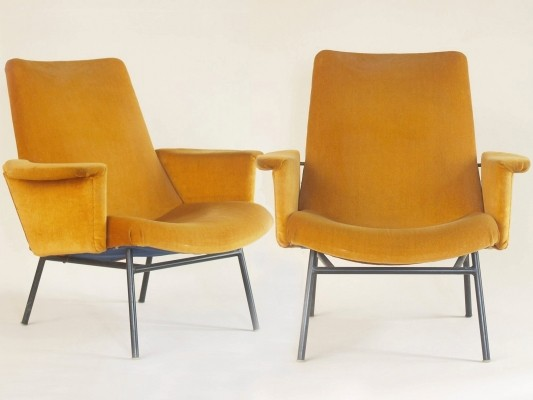 Pair of SK660 arm chairs by Pierre Guariche for Steiner, 1950s