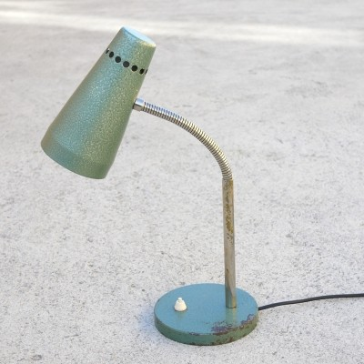 Basil green metal structured goose neck table lamp