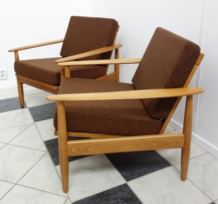 Pair of Walter Knoll arm chairs, 1960s