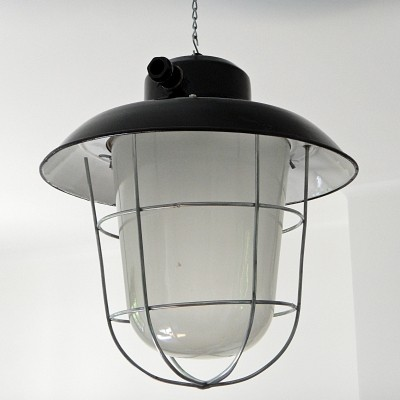 13 x Industrial retro lantern lamp in enamelled steel, glass & grid