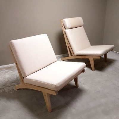 2 x lounge chair by Hans Wegner for Getama, 1960s