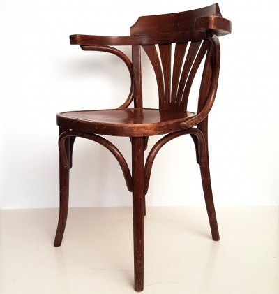 11 x B25 bentwood dinner chair by Michael Thonet for Drevounia, 1950s