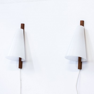 Pair of Hans Agne Jakobsson wall lamps, 1950s