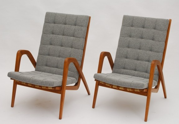 Pair of S. B. S. Prague arm chairs, 1950s