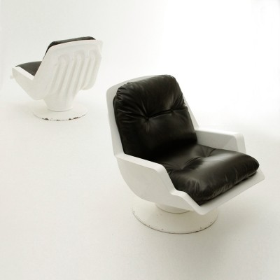Pair of Nike arm chairs by Richard Neagle for Sormani, 1960s