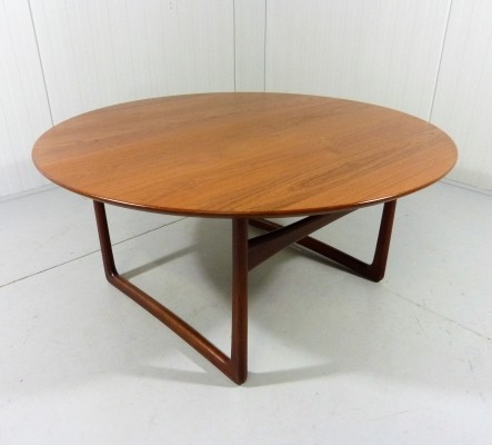 Round teak coffee table by Peter Hvidt & Orla Mølgaard-Nielsen