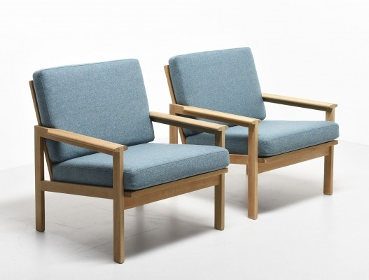 Pair of Capella 5 lounge chairs by Illum Wikkelsø for N. Eilersen, 1960s