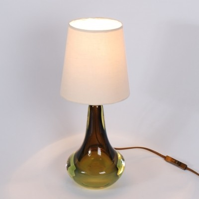 Green Murano glass desk lamp with cream colour shade