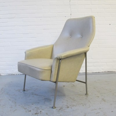 Model 162 lounge chair by Theo Ruth for Artifort, 1950s