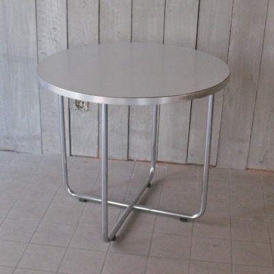Gispen coffeetable with white formica top