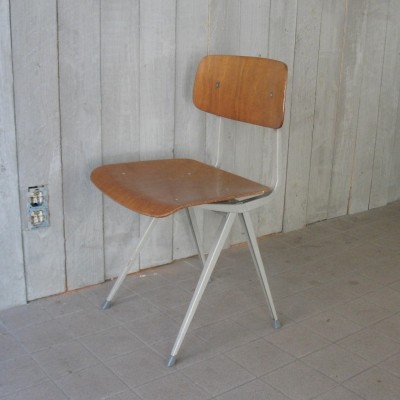 Result chair (1971) by Friso Kramer for Ahrend de Cirkel