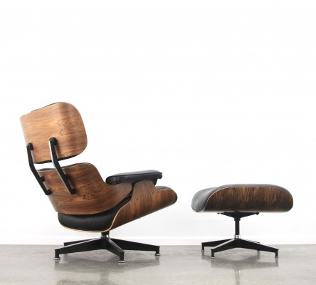 Eames lounge chair + ottoman in black leather/rosewood