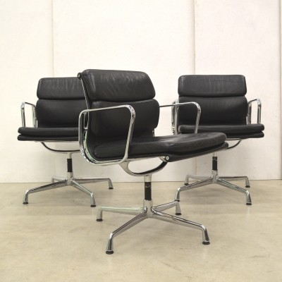 8 x EA208 office chair by Charles & Ray Eames for Vitra, 1990s