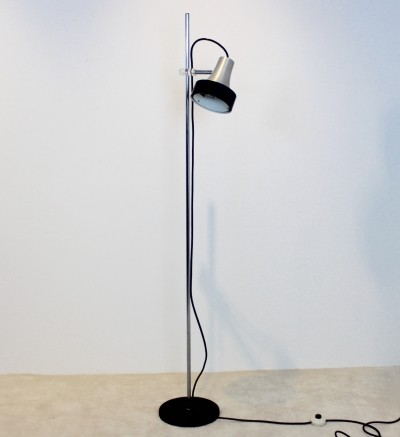 Raak D-3202 Aluminium & Chrome Floor Lamp
