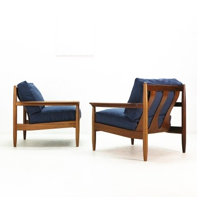 Pair of Mid-Century Easy Chairs in Walnut, 1960s
