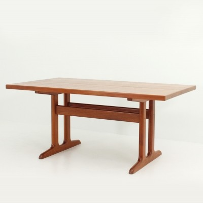 Danish Dining Table in Solid Teak Wood with Extensions