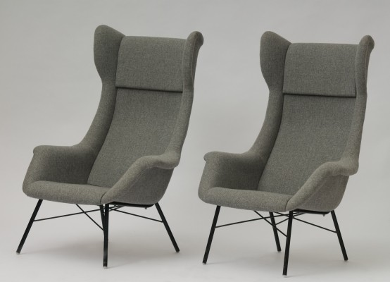 Pair of arm chairs by Miroslav Navrátil for Ton Czechoslovakia, 1960s
