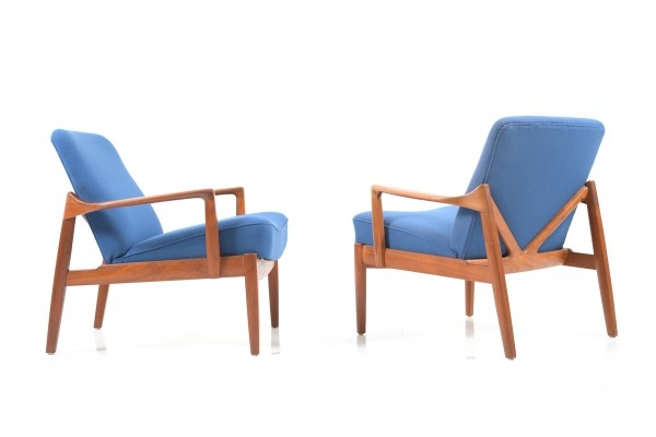 Pair of early teak wooden Easychairs by Edvard & Tove Kindt-Larsen