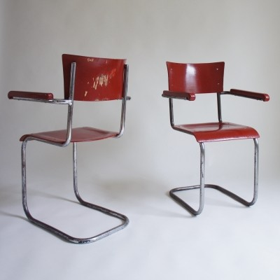 Pair of Modernist Tubular Steel Cantilever Chairs