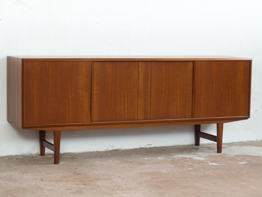 Danish sideboard in teak by EW Bach for Sejling Skabe