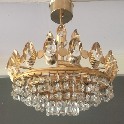 Gilt brass chandelier with crystal beads by Palme & Walter, 1960s
