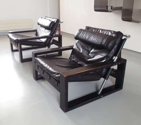 Pair of Brutalist Lounge Chairs by Sonja Wasseur in Oak & Leather, 1970