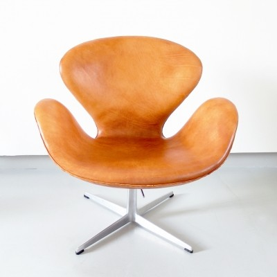 Early Edition Swan Chair by Arne Jacobsen for Fritz Hansen, Denmark 1967