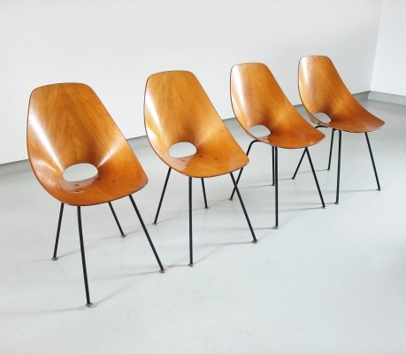Vittorio Nobili Set of Four Medea Dining Chairs in Beech for Tagliabue, Italy 1955