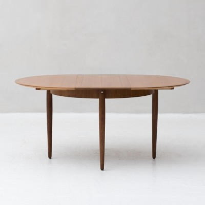 Extendable dining table produced by Lübke, Germany 1960s