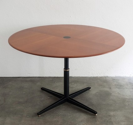 T41 adjustable table by Osvaldo Borsani