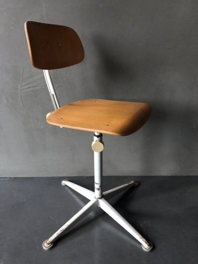 Friso Kramer architect chair / drawing stool