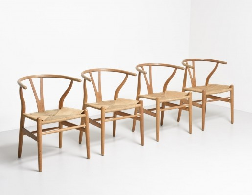 Set of 4 Wishbone - CH24 dinner chairs by Hans Wegner for Carl Hansen & Son, 1950s