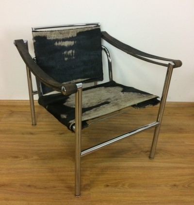 Vintage Cassina LC1 by Le Corbusier