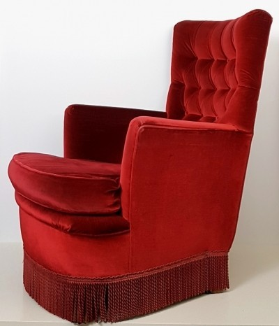 Red velvet fifties lounge chair