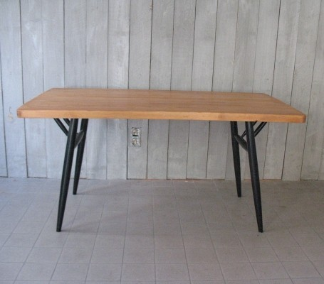Pirrka dining table by Ilmari Tapiovaara for Laukaan Puu Finnland, 1950s