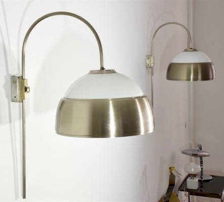 Pair of Italian Mid-Century adjustable wall lamps, 1960s