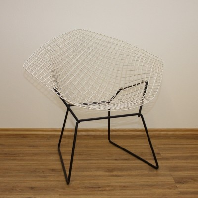Diamond Chair by Harry Bertoia with old Knoll Label