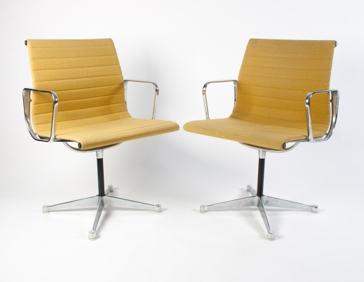 2 x Mustard Yellow Hopsak EA108 office chair by Charles & Ray Eames for Herman Miller, 1970s