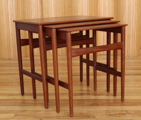 AT40 nesting table by Hans Wegner for Andreas Tuck, 1950s