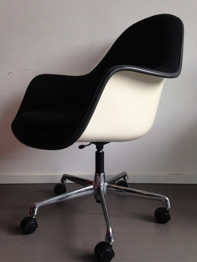2 x Fibreglass High Back arm chair by Charles & Ray Eames for Herman Miller, 1980s