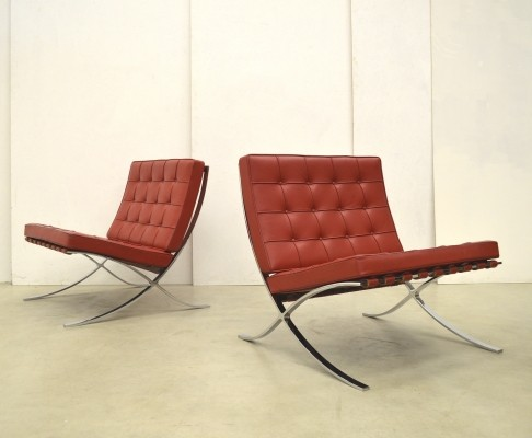 Pair of Barcelona lounge chairs by Ludwig Mies van der Rohe for Knoll International, 1990s