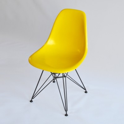 Yellow DSR Fiberglas Chair by Charles & Ray Eames, 1960s