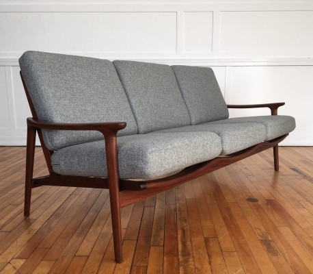 Midcentury British New Yorker Sofa in Wool by Guy Rogers, 1960s