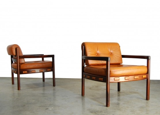 Pair of arm chairs by Sven Ellekaer for Coja, 1970s