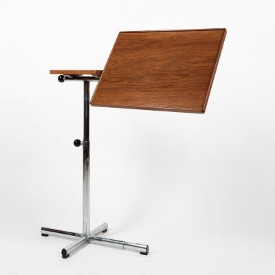 Emblematic multi-function table produced by the Embru-Werke
